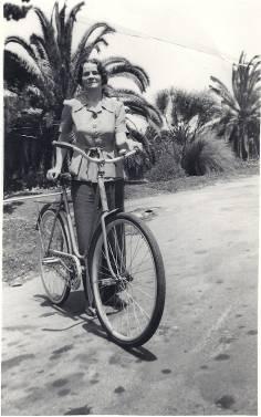 Джотиприя в Индии – приблизительно конец 1940-х.